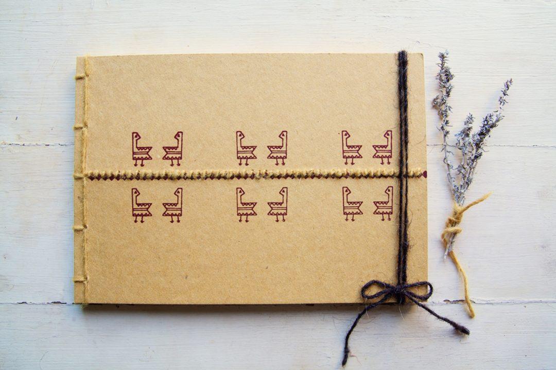 Manuche, Nowhere Memories: Quaderno Gallinella, ricamo su carta